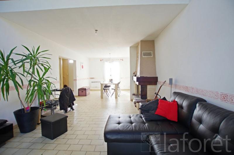 Sale house / villa Nuaille 159000€ - Picture 1