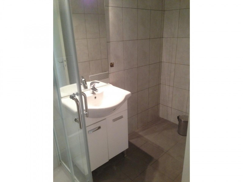 Rental apartment Nice 555€cc - Picture 6