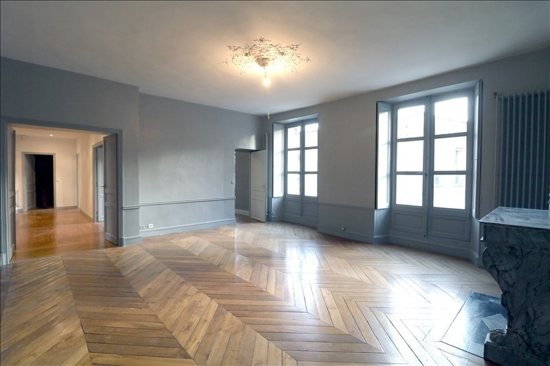 Rental apartment Versailles 3 420€ CC - Picture 1