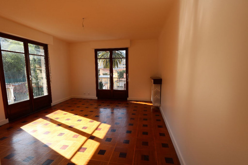 Rental apartment Nice 1 200€ CC - Picture 1