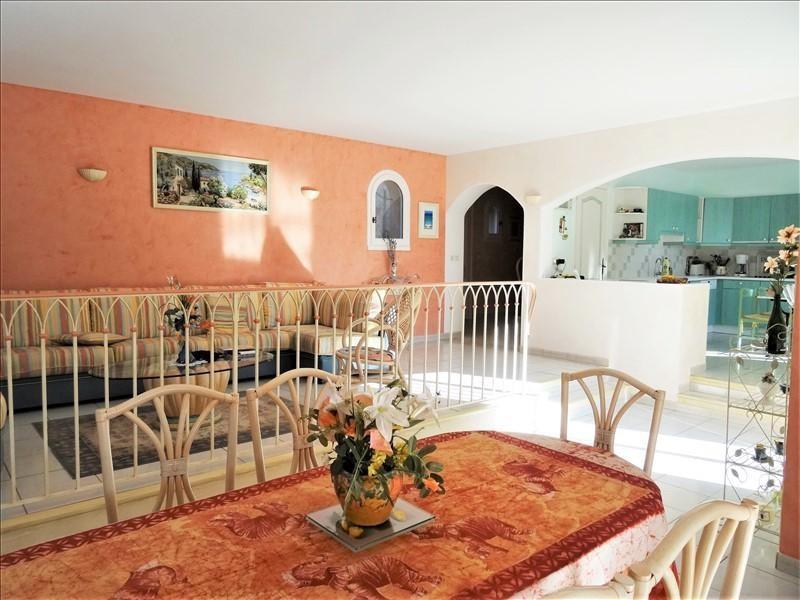 Deluxe sale house / villa Valescure 695000€ - Picture 2