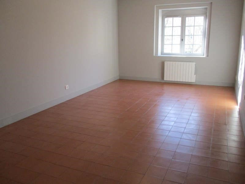 Location appartement Nimes 808€ CC - Photo 1