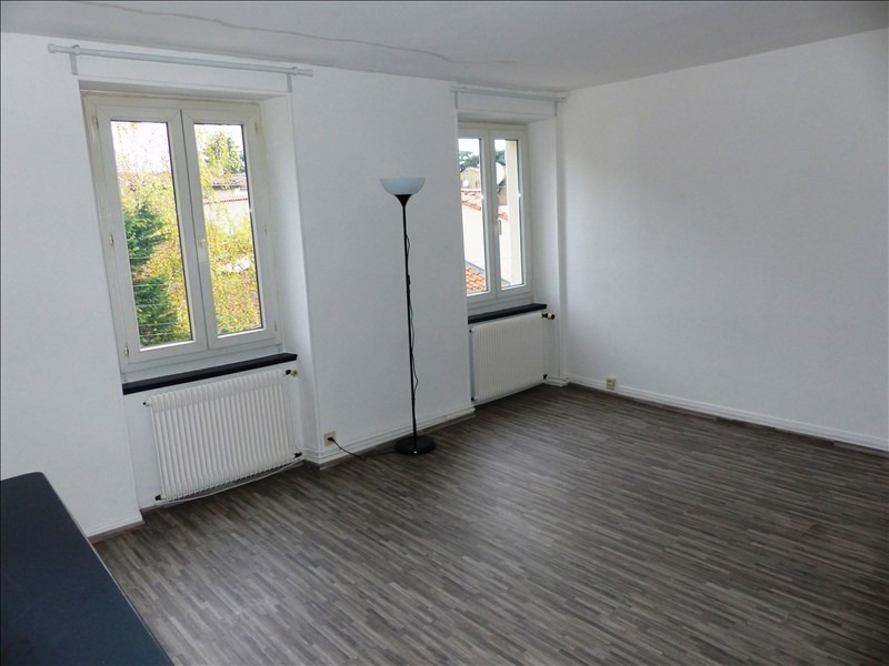 Location appartement Mazamet 438€ CC - Photo 1