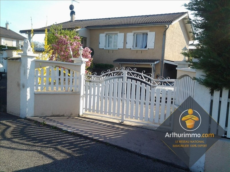 Sale house / villa Chavanoz 354900€ - Picture 1