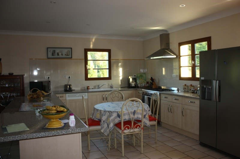 Sale house / villa Champeaux 274 900€ - Picture 4