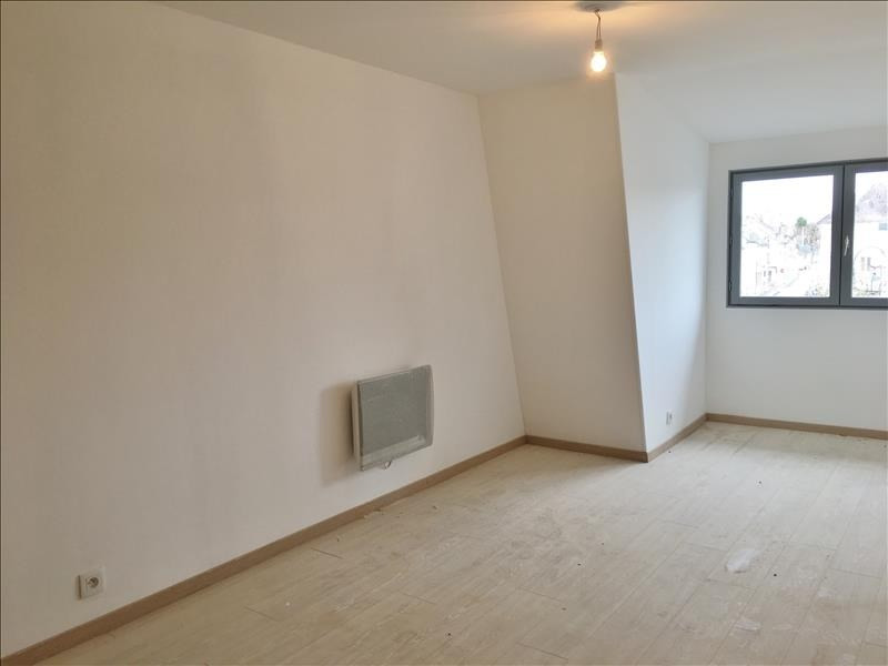 Rental apartment Villeneuve l archeveque 500€ CC - Picture 4