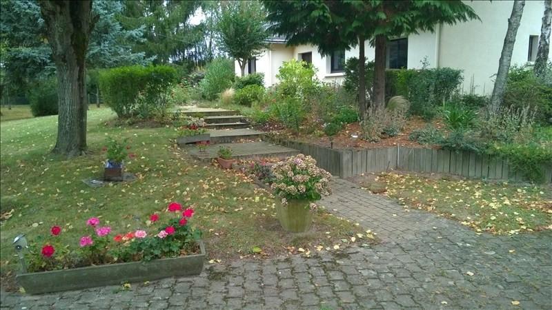 Rental house / villa Beaucouze 1270€ CC - Picture 2