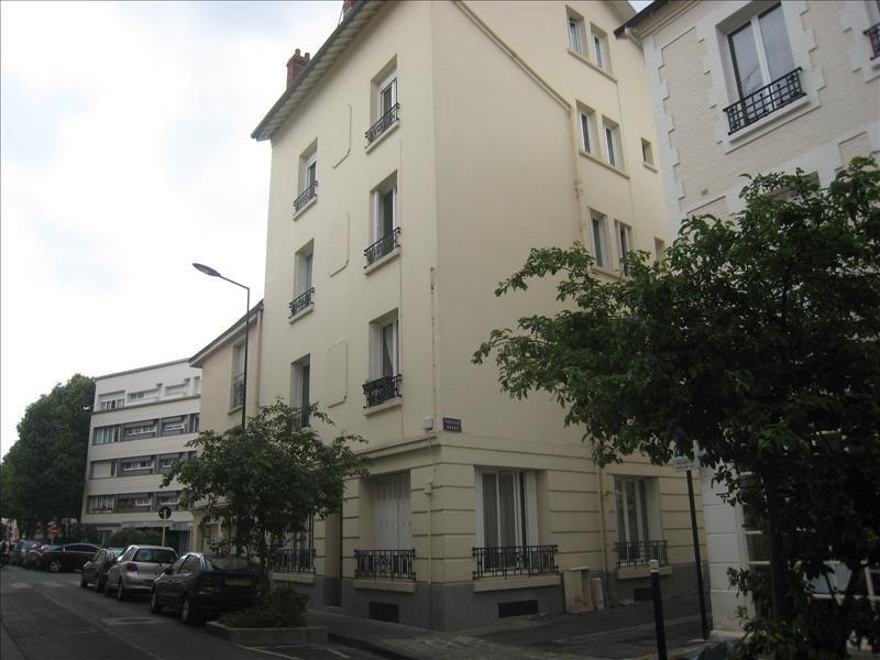 Location appartement Courbevoie 1370€ CC - Photo 1