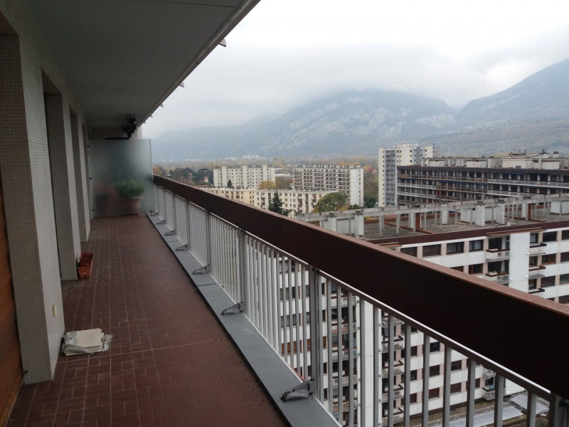 Sale apartment Saint-égrève 230000€ - Picture 4