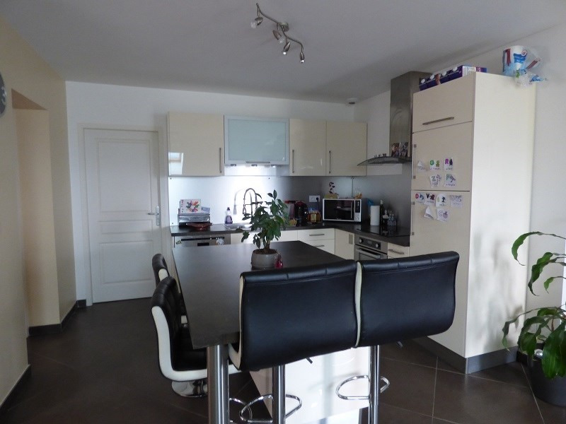 Rental apartment La motte servolex 785€ CC - Picture 2