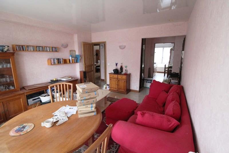 Sale apartment Maurepas 170000€ - Picture 1