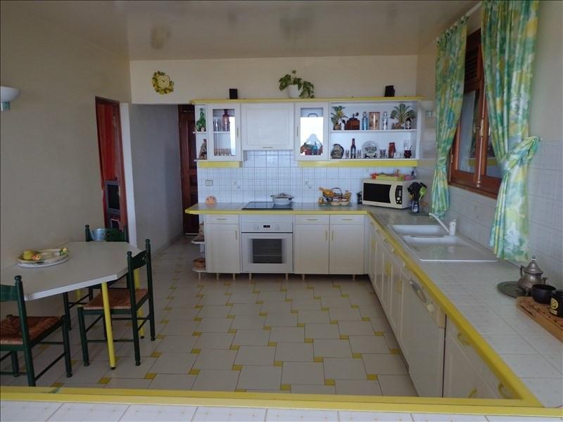 Venta de prestigio  casa St claude 1010000€ - Fotografía 5