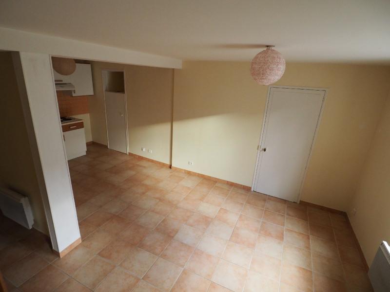 Rental house / villa Dammarie les lys 715€ CC - Picture 3