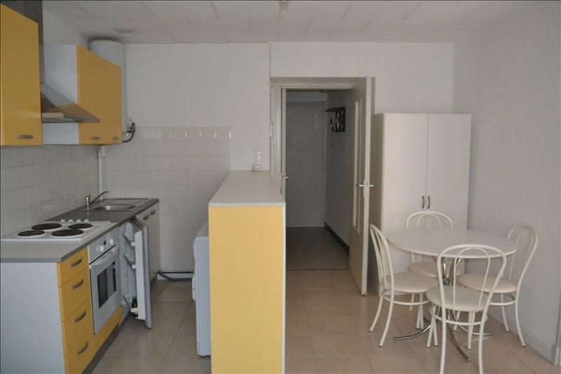 Rental apartment Millau 375€ CC - Picture 4