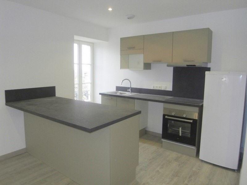 Rental apartment Cognac 605€ CC - Picture 1