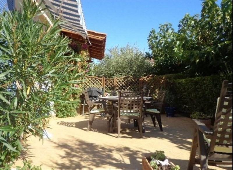 Sale house / villa La londe les maures 315000€ - Picture 1