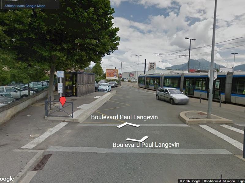 Location Boutique Fontaine 0