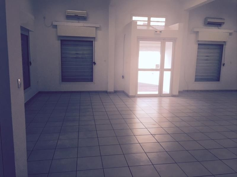 Location bureau Le port 2 000€ HT/HC - Photo 2