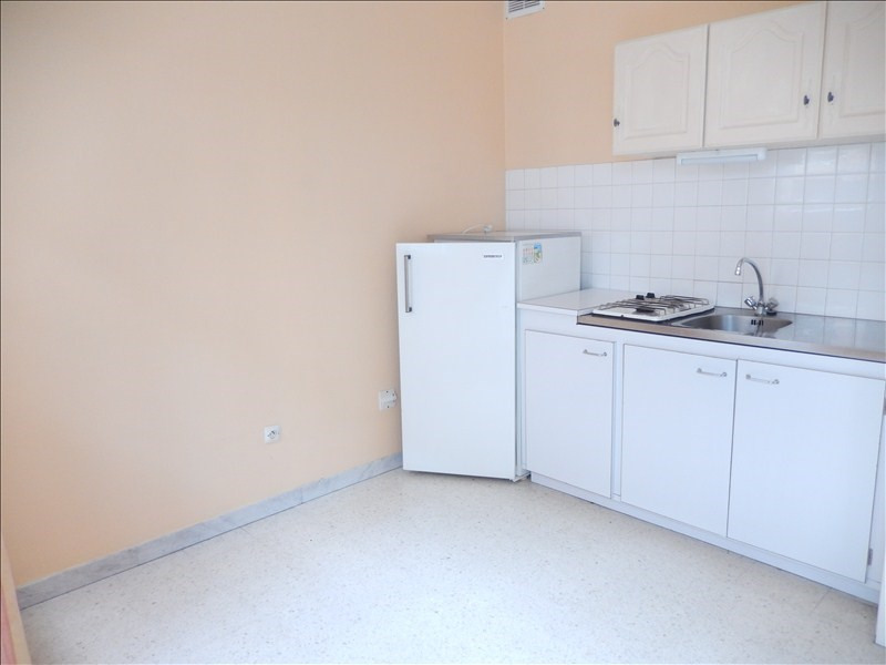 Location appartement Le puy en velay 289,75€ CC - Photo 2