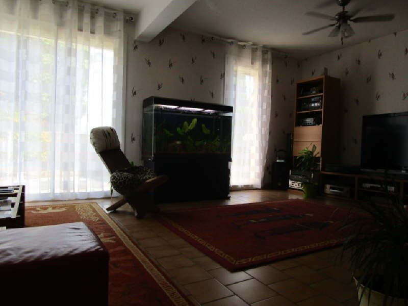 Sale house / villa St martin lacaussade 212500€ - Picture 4