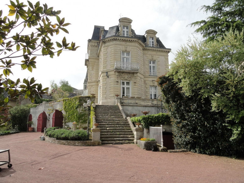 Deluxe sale private mansion Angers sud 40 mn 480 000€ - Picture 1