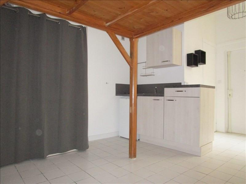 Rental apartment Versailles 610€ CC - Picture 2