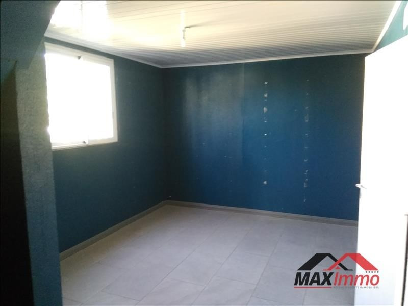 Location local commercial St denis 1382€ HT/HC - Photo 4