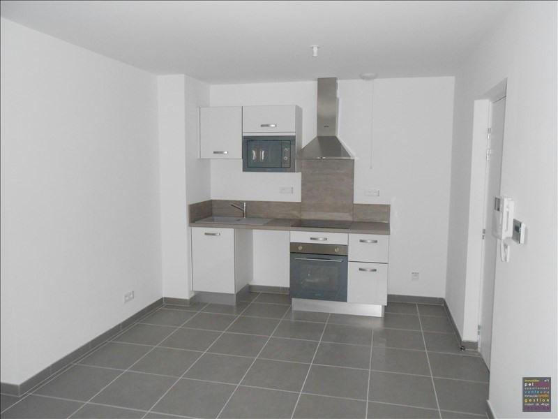 Sale apartment Salon de provence 160000€ - Picture 3