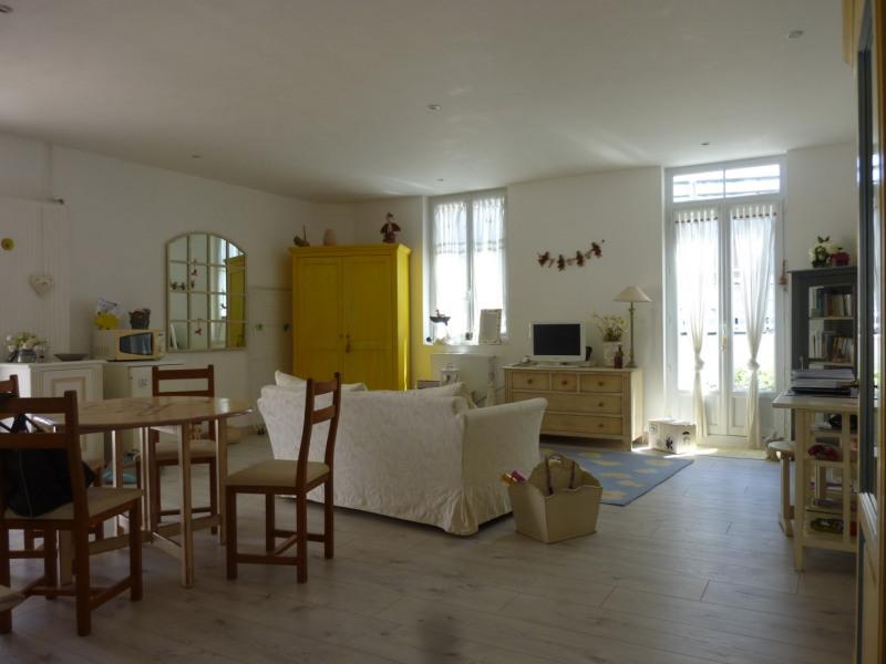 Vente maison / villa Saintes 145500€ - Photo 4