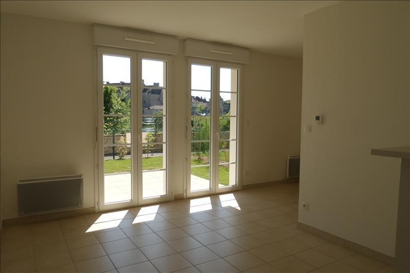 Location appartement Falaise 355€ CC - Photo 1