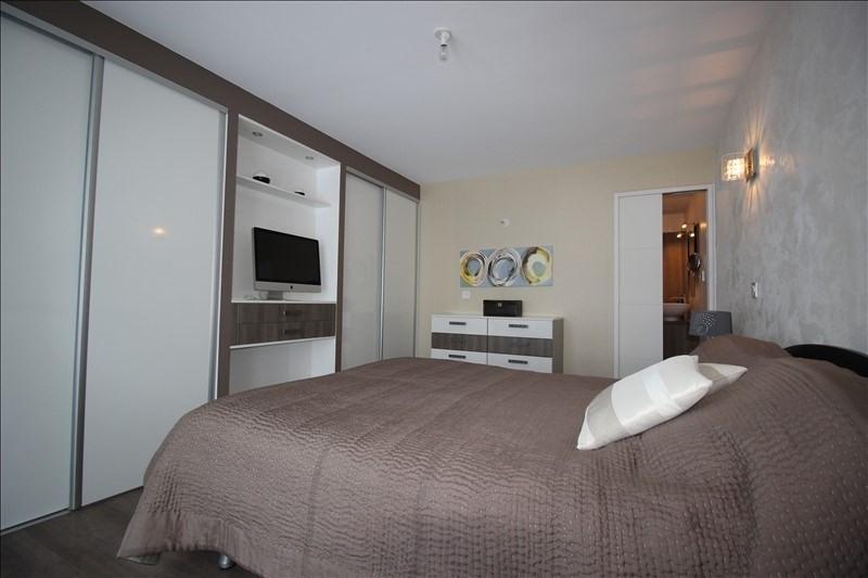 Deluxe sale house / villa Etaux 650000€ - Picture 7
