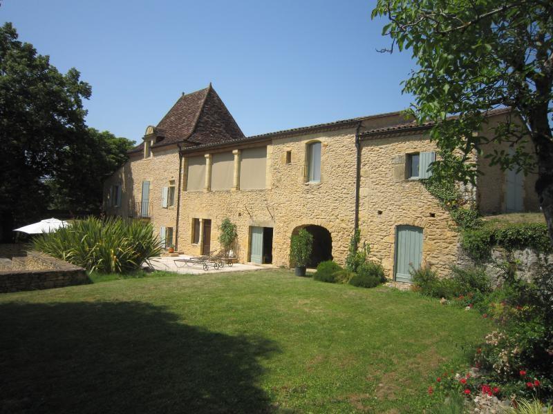 Vente de prestige maison / villa Saint-cyprien 840000€ - Photo 1