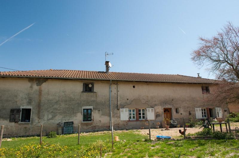 Ancienne ferme 140 m² avec potentiel d'aménagement à St Nizi