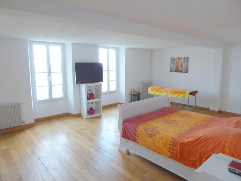 Deluxe sale house / villa Lignieres-sonneville 676000€ - Picture 21