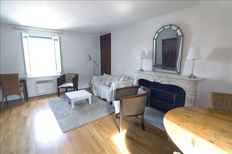 Sale apartment Versailles 259500€ - Picture 2