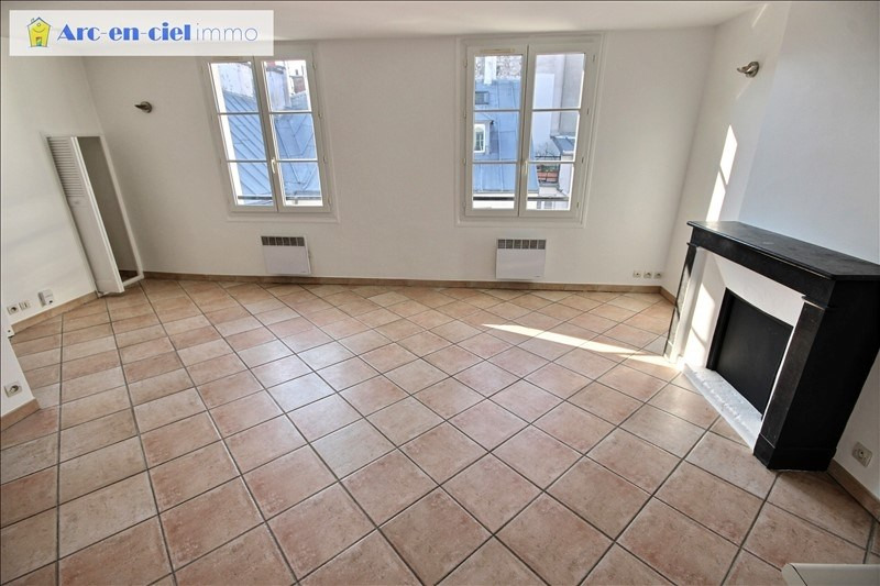 Sale apartment Paris 3ème 470 000€ - Picture 1