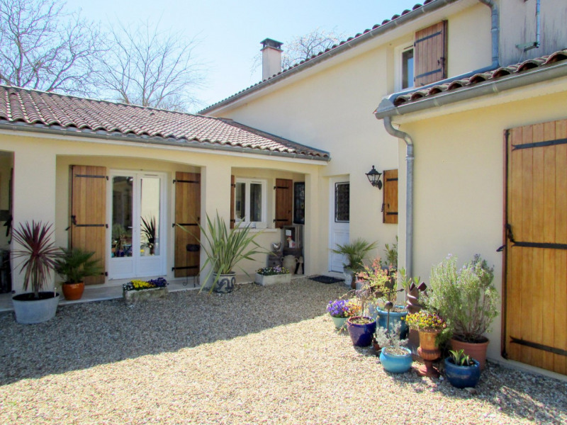 Sale house / villa Tusson 356 000€ - Picture 4