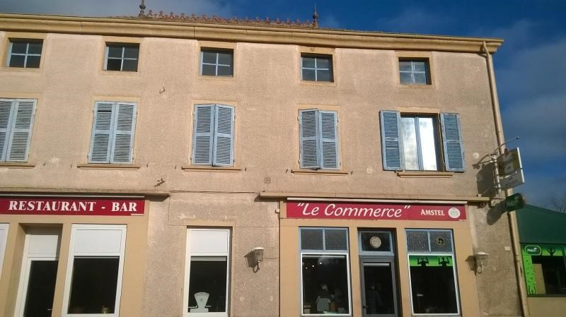 Location appartement Chauffailles 300€ CC - Photo 1