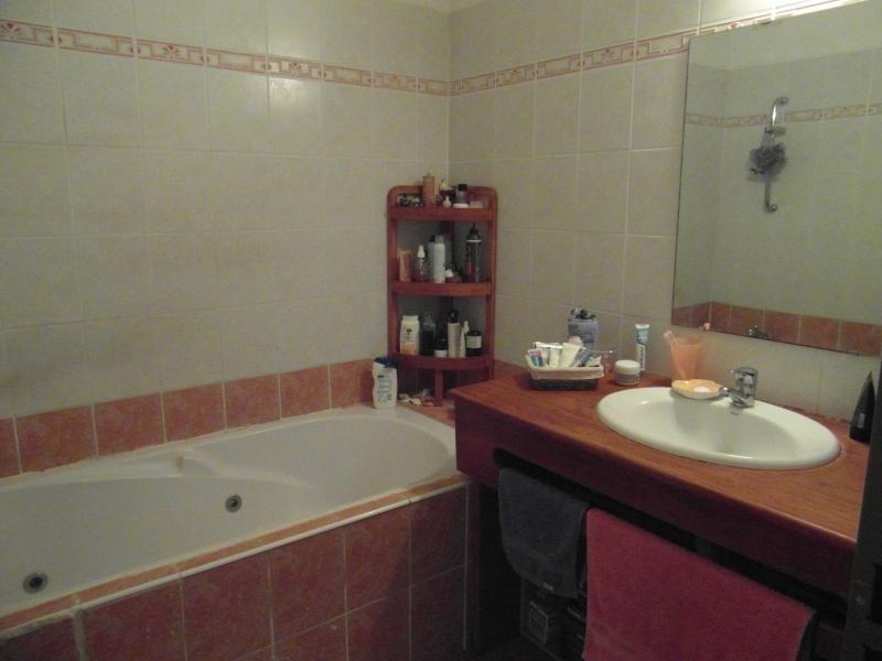 Sale apartment St denis 233000€ - Picture 5