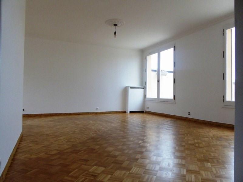 Sale apartment Maurepas 240000€ - Picture 2