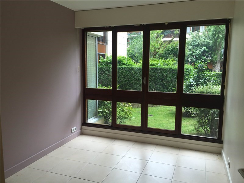 Location appartement Le chesnay 490€ CC - Photo 2