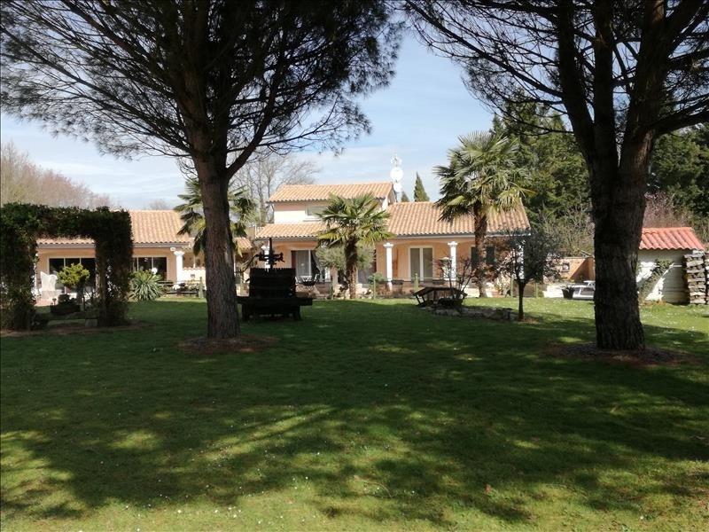 Sale house / villa Arnas 430000€ - Picture 1