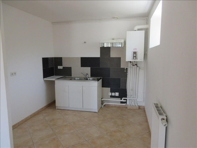 Rental apartment Chirens 645€ CC - Picture 3