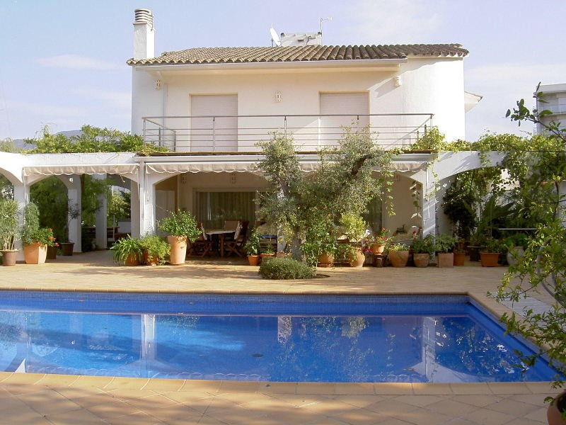 Vente maison / villa Roses santa-margarita 1750000€ - Photo 2