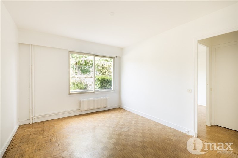 Sale apartment Courbevoie 340000€ - Picture 2