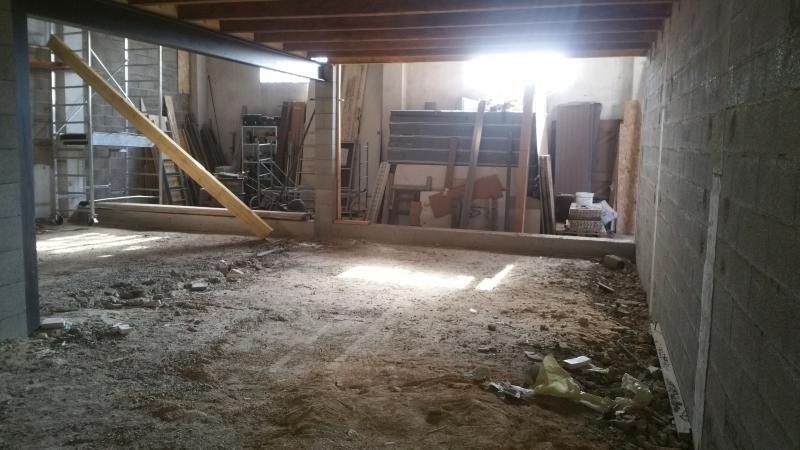 Sale loft/workshop/open plan Carpentras 122000€ - Picture 2