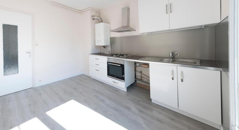 Location appartement Grenoble 842€ CC - Photo 1