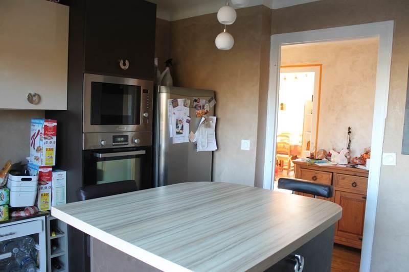 Sale apartment Annemasse 254000€ - Picture 6