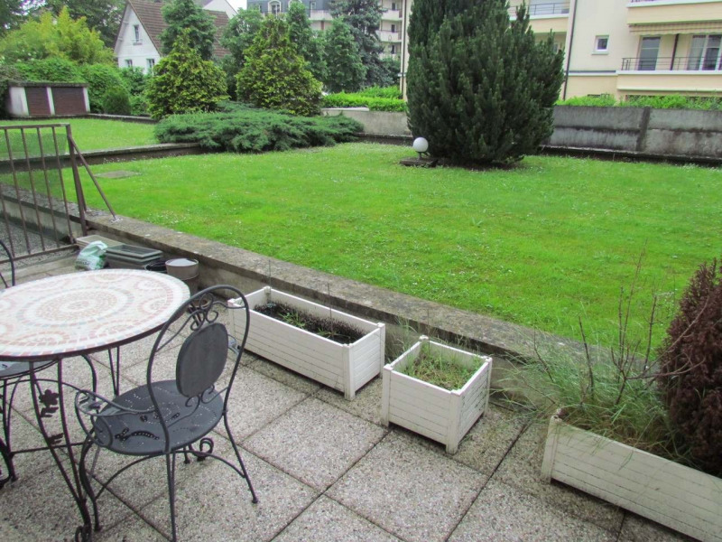 Rental apartment Le plessis trevise 703€ CC - Picture 2