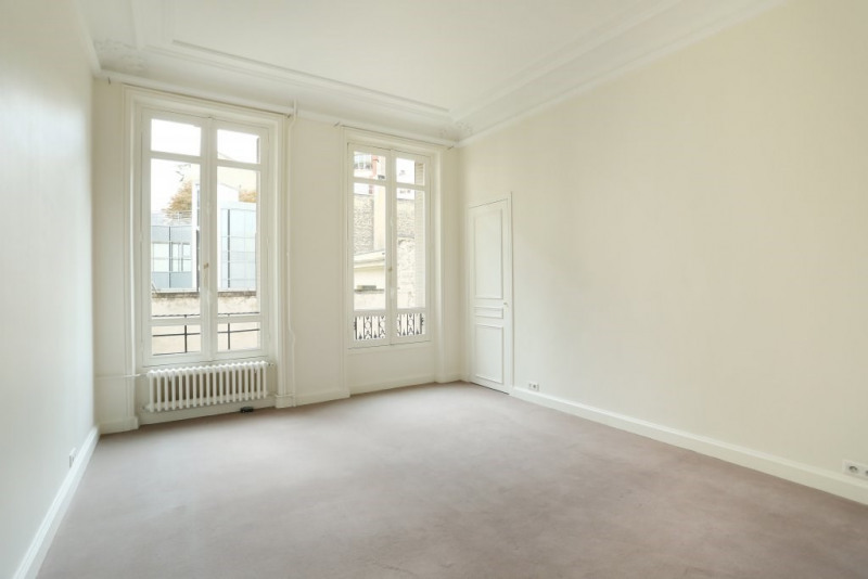 Aрендa квартирa Paris 17ème 6290€ CC - Фото 14